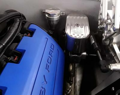 Coyote swapped mustang power brake master cylinder